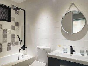 简约欧式风格瓷砖图片 卫生间不规则马克瓷砖装修效果图